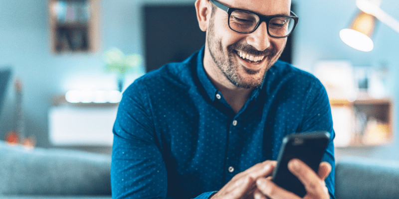 Man in glasses texting—What does ? mean from a girl